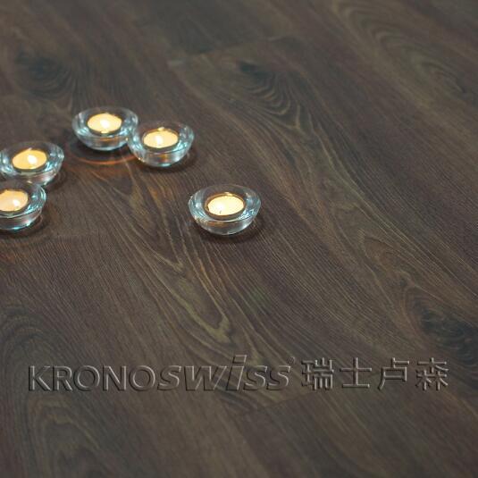 适用地热 瑞士卢森地板 进口 翡丽系列 cp2025莱辛橡木 丝绸面 裸板价图片